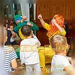 Аниматоры Черепашка-Ниндзя и Эйприл играют с ребятами