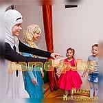 Аниматоры Холодное Сердце Эльза и Олаф знакомятся с детьми
